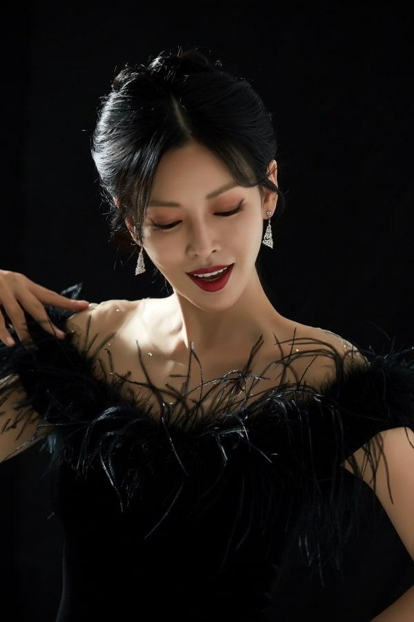 Kim So Yeon habla de su transformación oscura en Penthouse