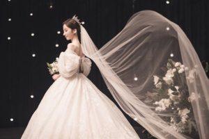 Este foi o casamento de Jisook, do Rainbow, e Lee Doo Hee
