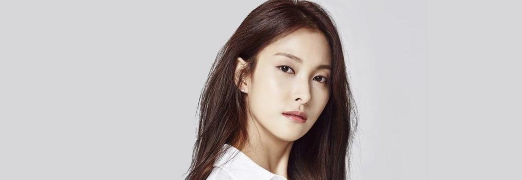 Gyuri ataca a un netizen que mencionó a la fallecida miembro de KARA, Hara