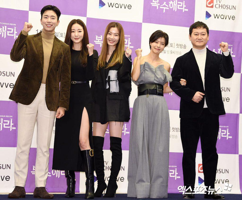 """Kim Sa Rang habla sobre su regreso a la pantalla con """"The Goddess Of Revenge"""""""
