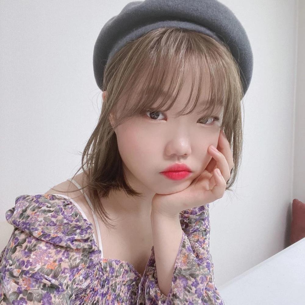 Suhyun de AKMU confiesa las dificultades de hacer dieta de una manera linda y adorable