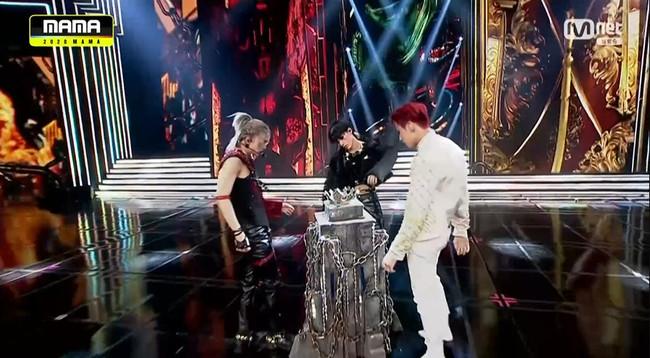 """Stray Kids, ATEEZ y The Boyz  participarán en el nuevo programa de Mnet """"Kingdom"""""""