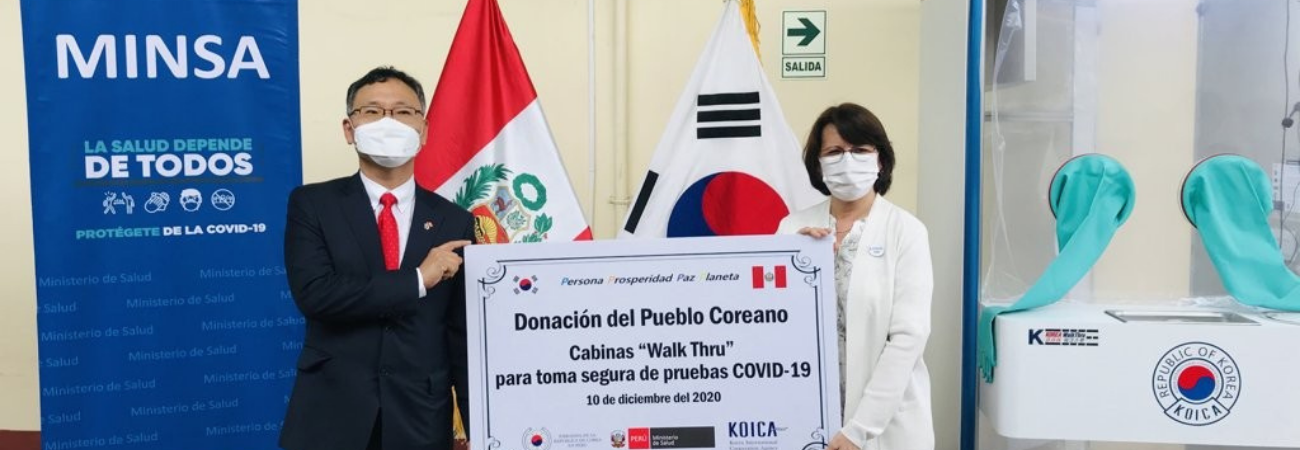 Corea del Sur hace donación a Perú de cabinas para toma de muestras del Coronavirus