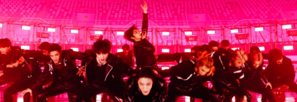 NCT hace trizas el escenario con sus 23 miembros en el MV de 'RESONANCE'