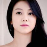 La Actriz Kim Ok Bin deja un mensaje de advertencia para el comentarista malicioso que la ha estado acosando durante un año.