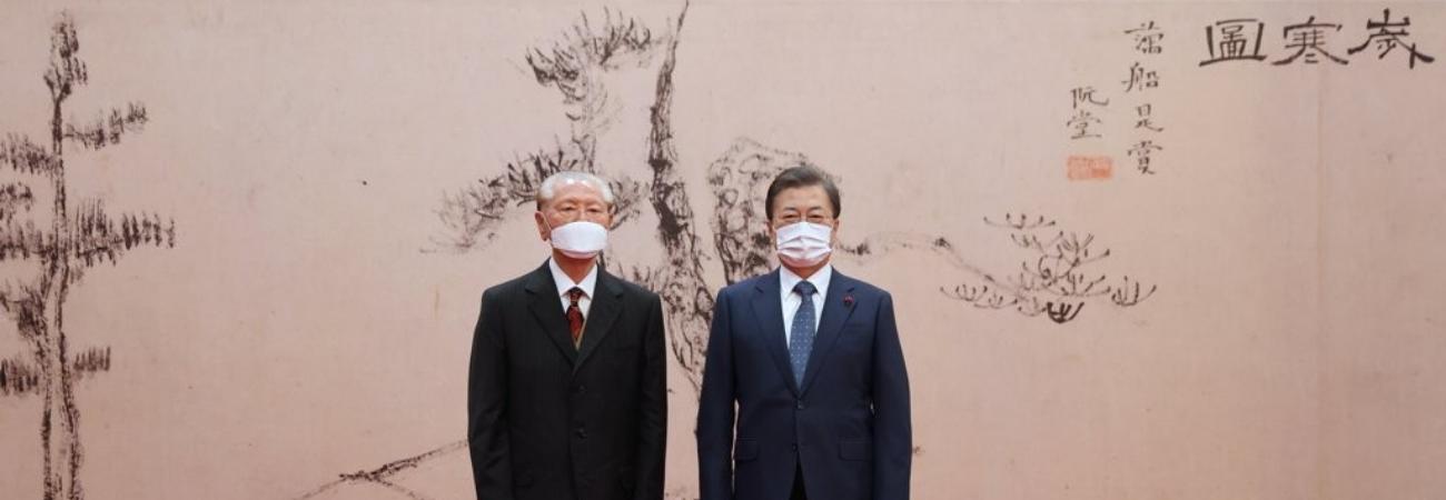 El coleccionista de arte Sohn Chang-keun recibió el máximo premio al Patrimonio Cultural De Corea