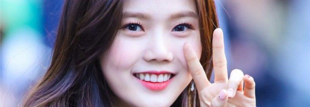 "Hyojung de Oh My Girl revela cuánto gana por sus famosas canciones ""Ottoke"", ""Naekkohae"" y ""Yam Yam"""