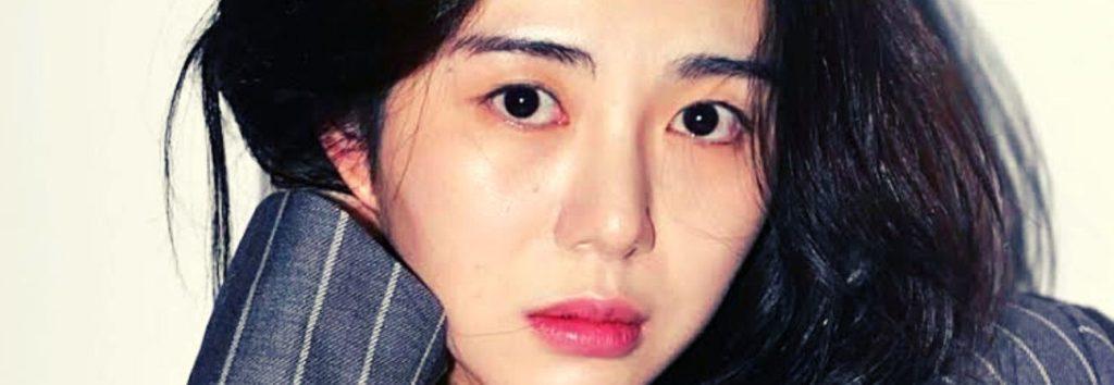 Mina, ex integrante de AOA llama asesinos a los fans de su ex compañera Jimin
