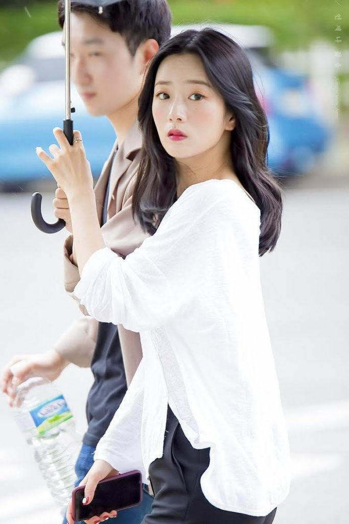 Netizens eligen a las ídolos femeninas que son como princesas de cuentos de hadas