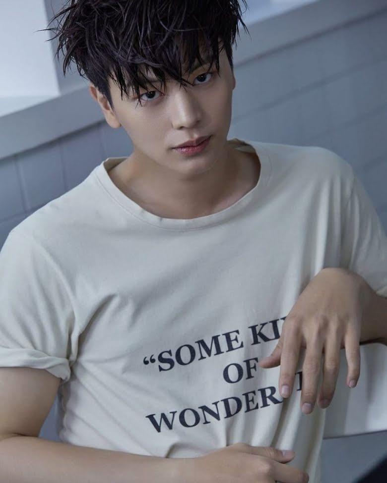 10 ídolos masculinos de K-pop que la comunidad gay en Corea prefiere