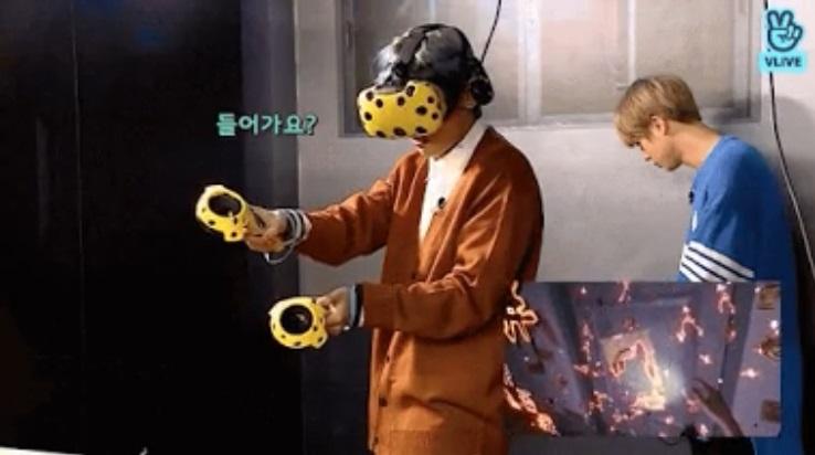 V de BTS no pudo esconder el miedo que sentía durante un juego de realidad virtual