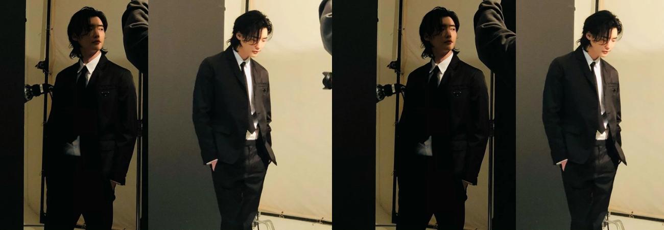Lee Jong Suk aumenta la expectativa por su regreso a la pantalla con nuevas fotos