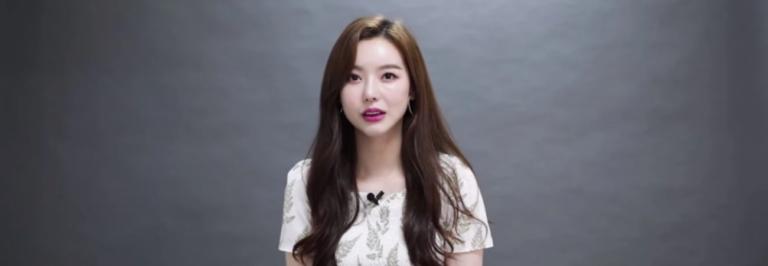 Ex-membro do grupo de meninas revela que sua agência lhe pediu para fazer uma cirurgia de aumento dos seios