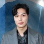 Lee Min Ho se convierte en un ícono de la moda entre los internautas