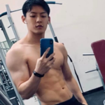 Minhyuk de BTOB causa furor con su cuerpo ejercitado