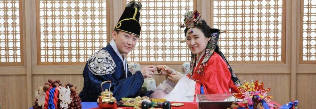 Encuesta revela el perfil ideal que coreanos y coreanas buscan en la persona con la que se quieren casar