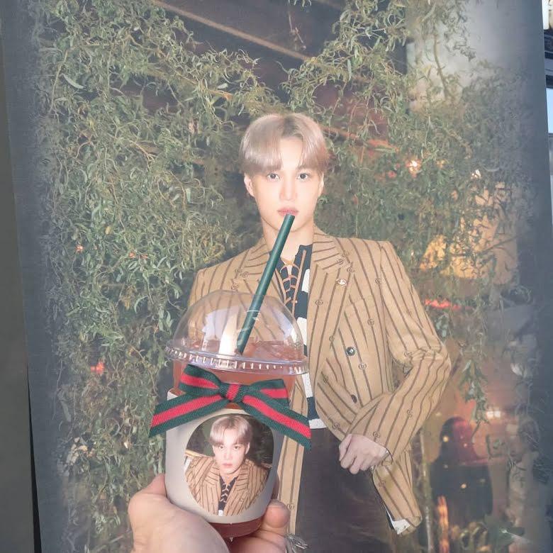 Kai de EXO es llamado 'Gucci humano' y recibe un carrito de café de la marca