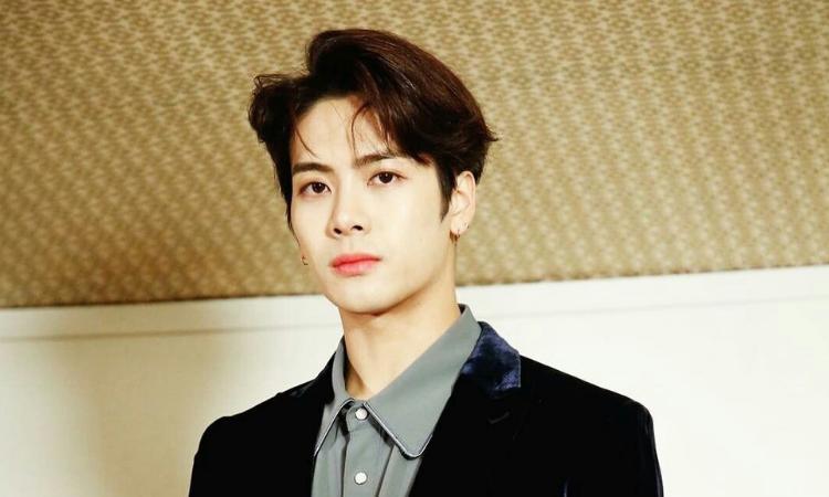 Jackson de GOT7 anuncia su regreso en marzo