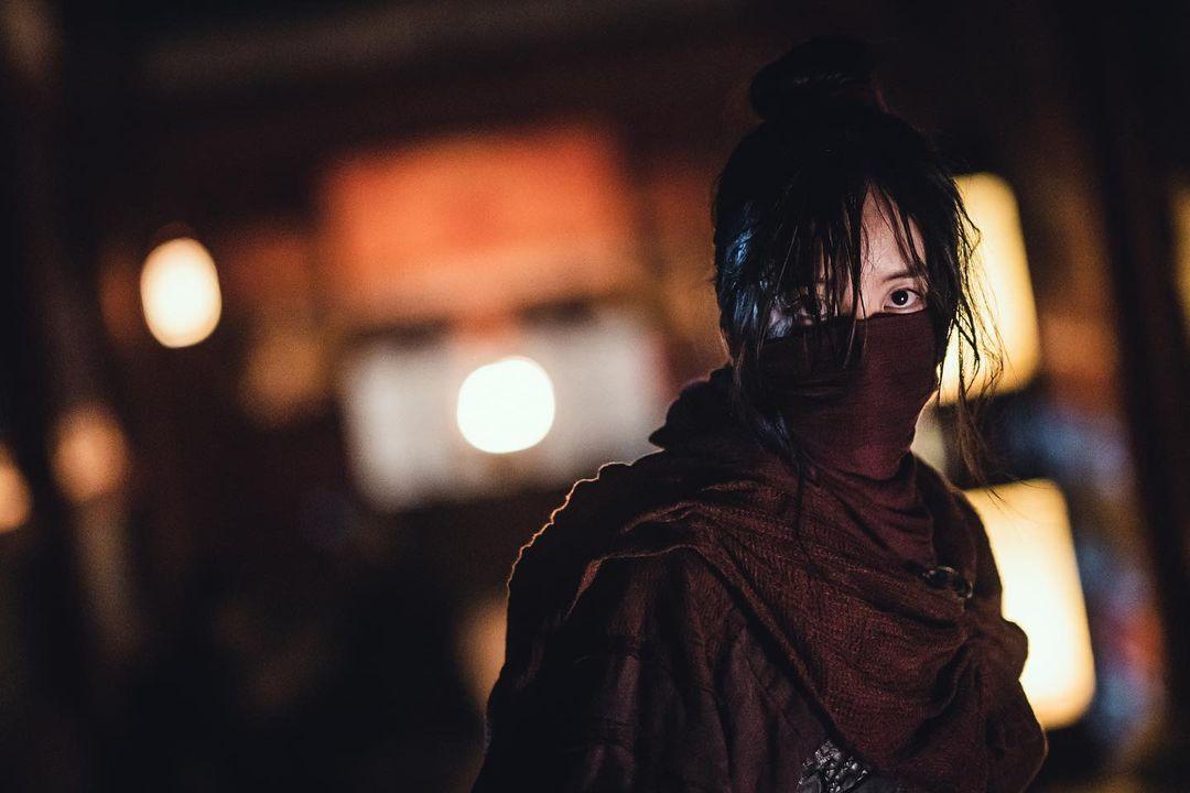 """Kim So Hyun interpreta de manera increíble una guerrera y una princesa en """"River Where The Moon Rises"""""""