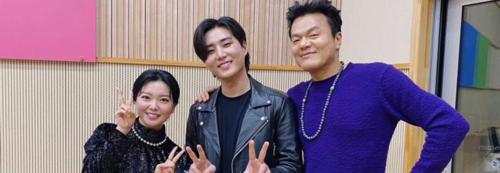 """J.Y. Park elogia a Young K de DAY6 por su habilidad como DJ en """"Kiss The Radio"""""""