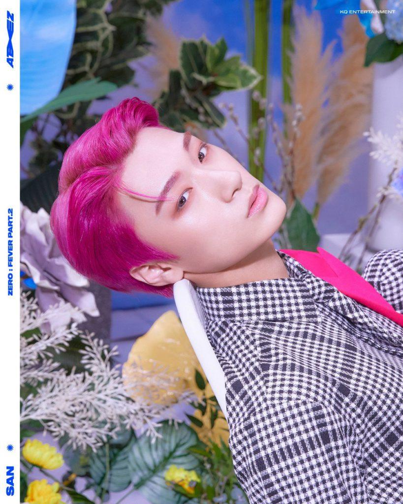 San y Wooyoung de ATEEZ revelan sus fotos conceptuales para 'Zero: Fever Part. 2'