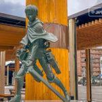 Inauguran estatua de Levi Ackerman de Shingeki no Kyojin en Oita