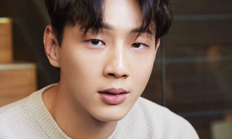 KeyEast declara que Ji Soo irá em pausa+ nega alegações de agressão sexual