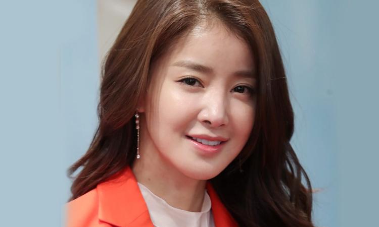 La actriz de 'Sweet Home', Si Young supera los 10 millones de seguidores en TikTok