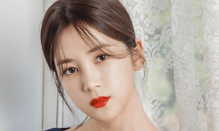 Play M Entertainment demanda a un conocido de la infancia que amenazó a Chorong de A Pink