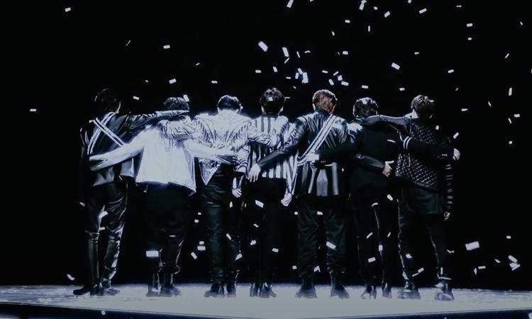 El trailer de MAP OF THE SOUL ON: E PHOTOBOOK' de BTS es sorprendentemente visual