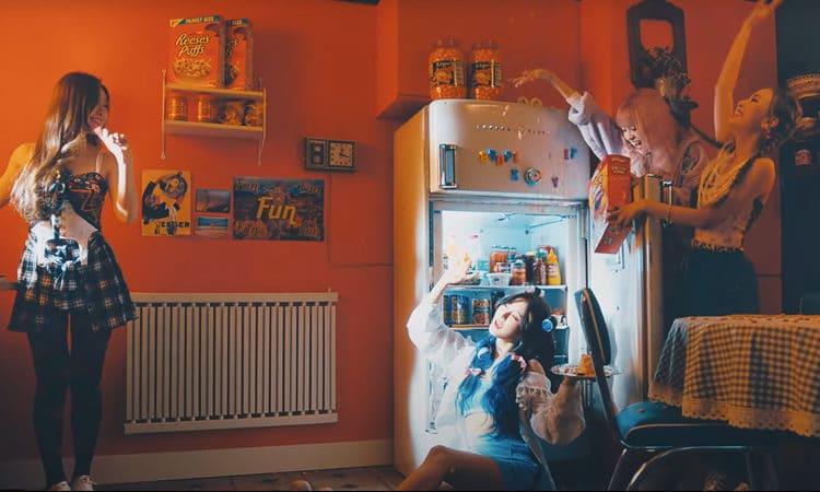 LUNARSOLAR se divierten en una fiesta de chicas en el MV teaser de DADADA