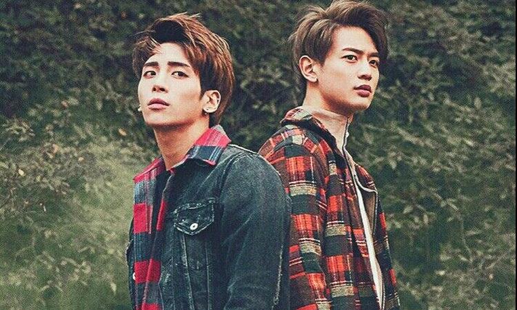 Minho de SHINee hace referencia a varias letras de Jonghyu en la canción Area