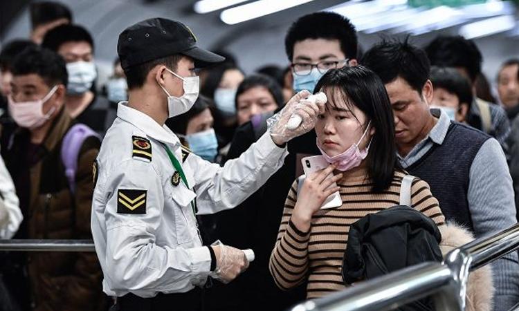 Casos de coronavirus en Corea del Sur cerca de los 700 por día
