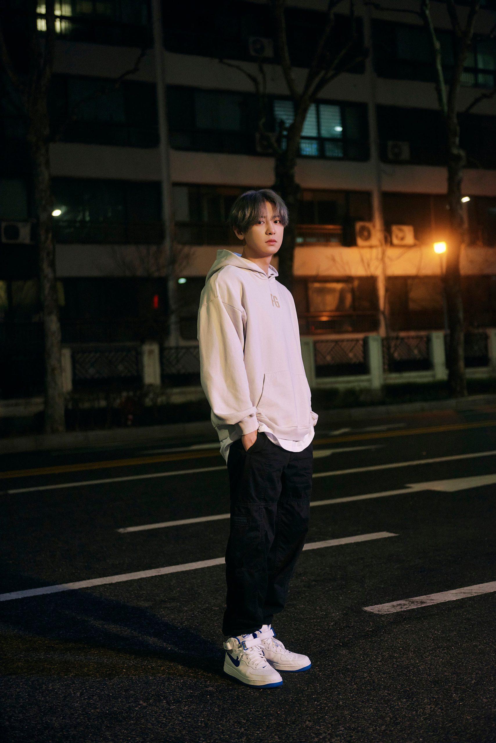 Chanyeol de EXO comparte fotosteaser para 'Tomorrow' deSM STATION