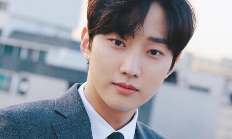 Jinyoung de B1A4 saluda a sus fans tras ser dado de baja del servicio militar