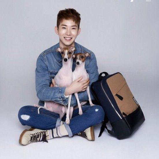 Jo Kwon y sus cachorros