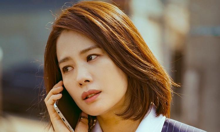 Kim Hyun Joo renueva contrato con YNK Entertainment