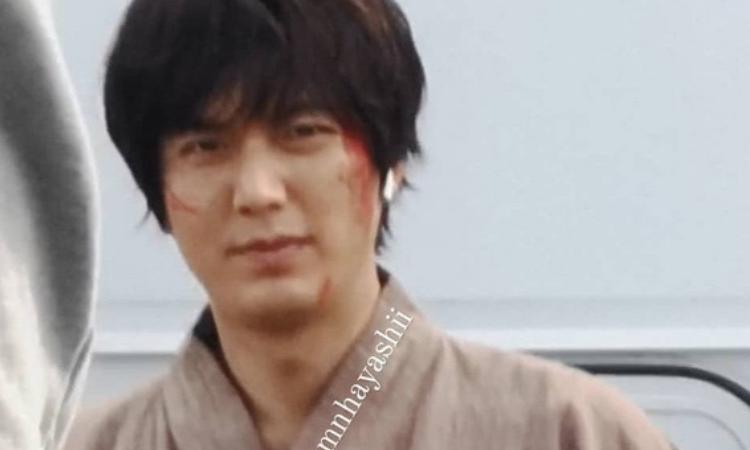Lee Min Ho causa terror al aparecer ensangrentado en el set de 'Pachinko'