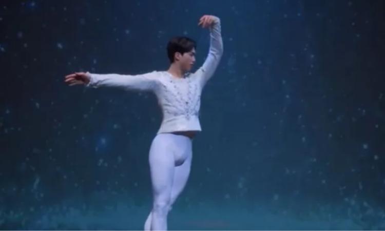 Song Kang se hace viral por su traje 'vergonzoso' en el último episodio de Navillera