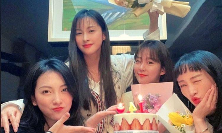 Jiyoung, Gyuri, Seungyeon y Nicole de KARA se reunieron