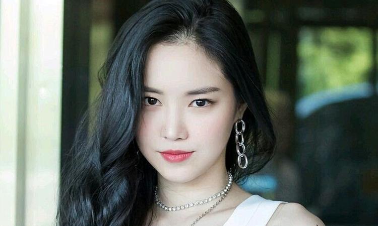 Son Naeun de Apink termina contrato con Play M Entertainment