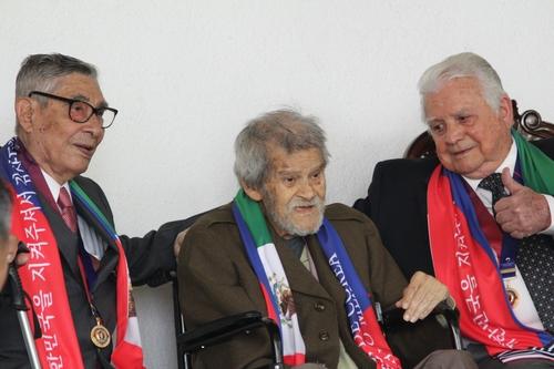 Crean asociación para veteranos mexicanos que participaron en la Guerra de Corea