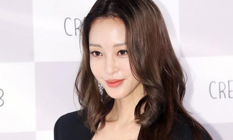 Han Ye Seul responde nuevamente a las acusaciones de Burning Sun y los rumores de su novio