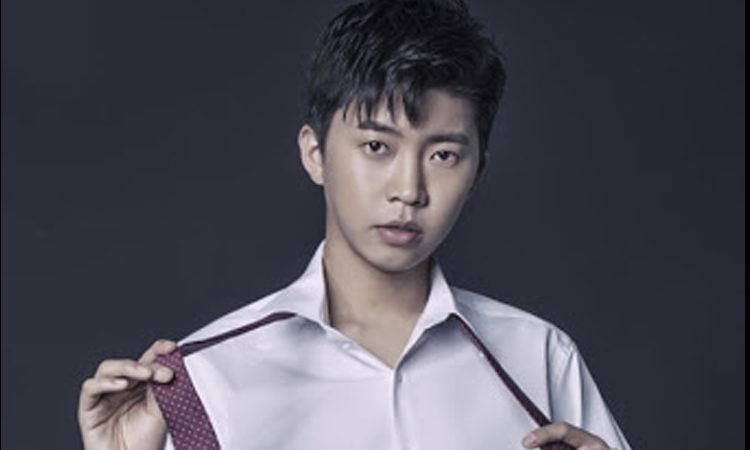 Lim Young Woong atacado por no utilizar mascarilla y fumar en un lugar cerrado