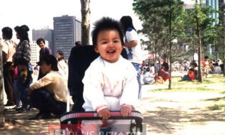 Minoz celebra el día del niño con adorables fotos de Lee Min Ho