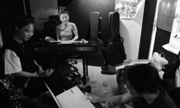 MAMAMOO nos muestra lo significativo que es su álbum 'WAW' en un spoiler film