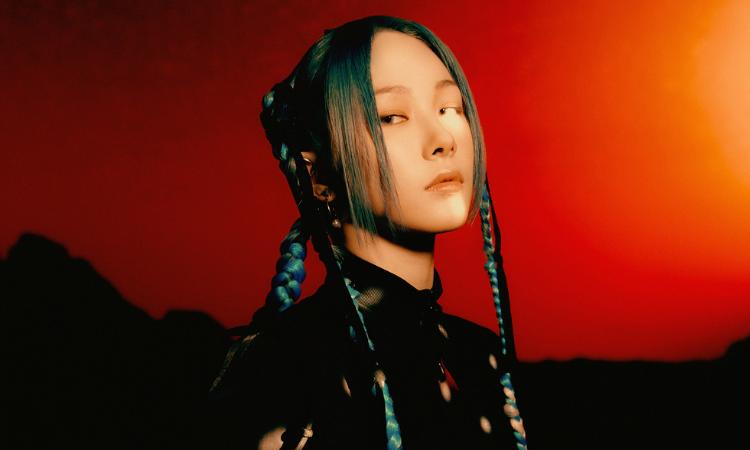 Mia, Sihyeon y Eu de EVERGLOW son guerreras del futuro en fotos para 'Last Melody'