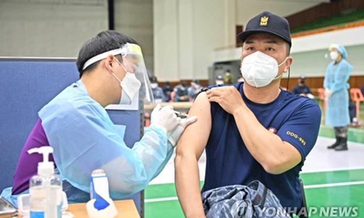 Corea del Sur se enfrentaría a escasez de vacunas contra COVID-19