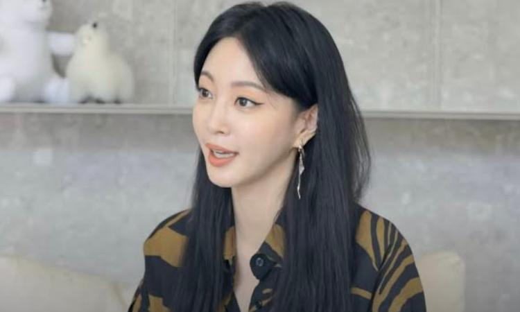 Han Ye Seul nega ser uma ex-prostituta e diz que não teria problemas em admiti-lo.