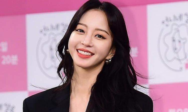 Han Ye Seul firma contrato exclusivo con High Entertainment